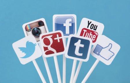 معرفی رایگان خدمات شما و صفحه های اجتماعی شما در بست چنلز